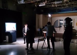 RCCスタジオでの収録風景(11・16、講演終了直後)